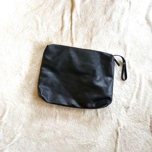 🦄 Madison West travel toiletry bag black